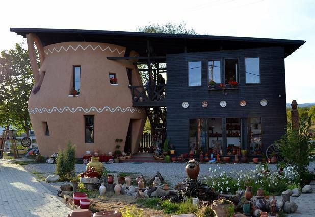 House, Ramnicu Valcea, Horezu