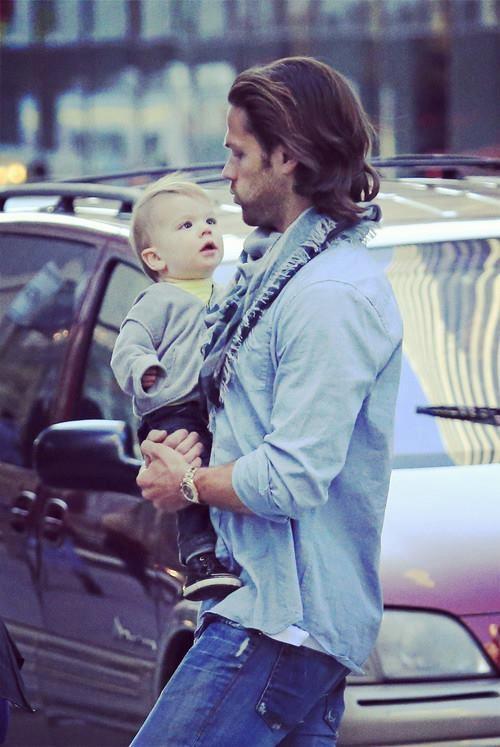 Jared Padalecki holding son Thomas | celeb babies ...