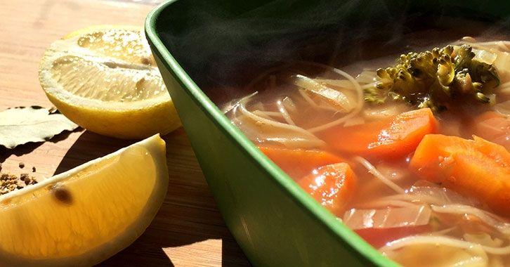 Οσπριάδα με noodles και λαχανικά! #vegan #veganfood #veganrecipe #glutenfree #recipe #whatveganseat #veganfoodshare #vegetables #noodles #legumes #συνταγές #χορτοφαγικές #χορτοφαγία