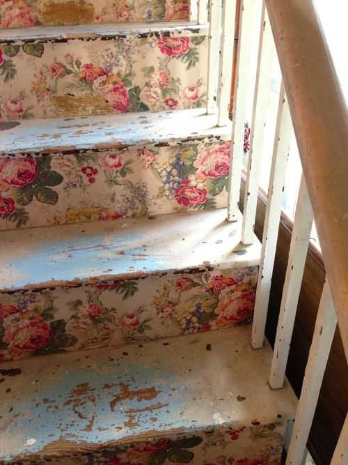 Could use this idea in my Victorian home--take wallpaper and paper the risers and polyurethane over it or could even stencil the risers--prettie-sweet: http://4.bp.blogspot.com: