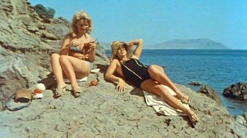 Наталья Кустинская  - Сцена из фильма Три плюс два (1963)