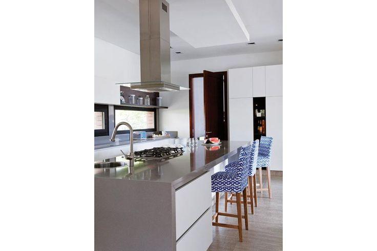M s de 25 ideas incre bles sobre piso porcelanato fotos en pinterest - Muebles de cocina alemanes ...
