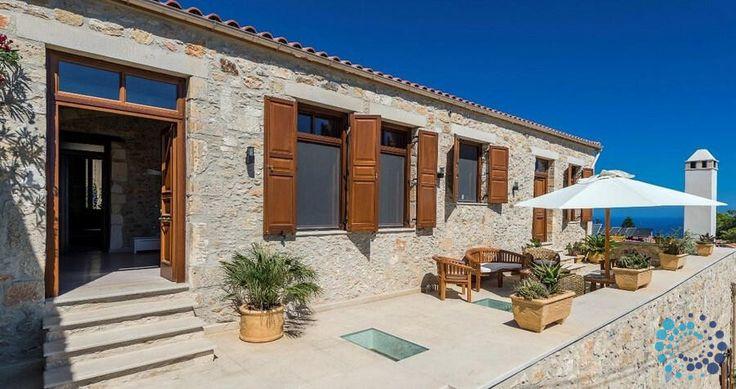 "Welcome to the ""Villa Candice"" in Crete, Greece. Your #luxury #villa #rent #greece #greek #island #vacances #grece #mygreekvilla #alouer"
