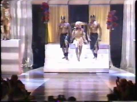 """Lil Kim -  Ladies Night     """"Live""""    (Not Tonight Remix 1997)"""