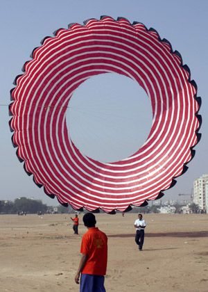 International Kite festival in the western Indian .....more than 163 kite-flying enthusiasts from 36 countries compete in the five-day long festival.