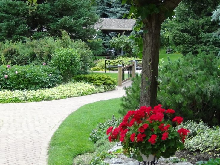 Meandering path at Oakview Terrace, Richmond Hill, Ontario, Canada.  June 2012