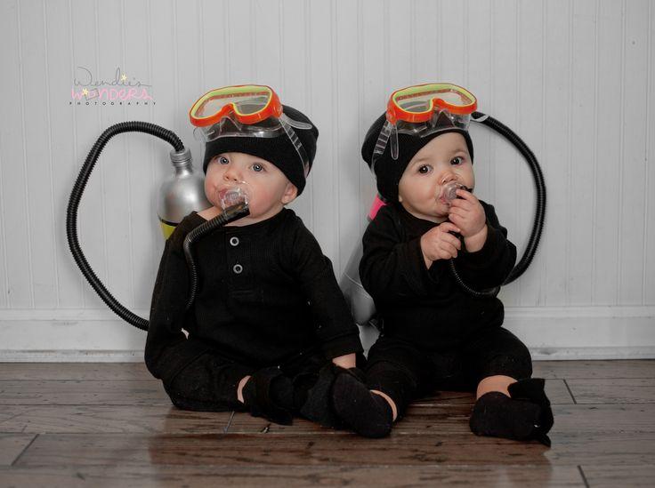 Twin Halloween Costumes - Scuba Divers !  Super easy and fun costume idea for twins! Creative twin halloween costume. Twins halloween costume