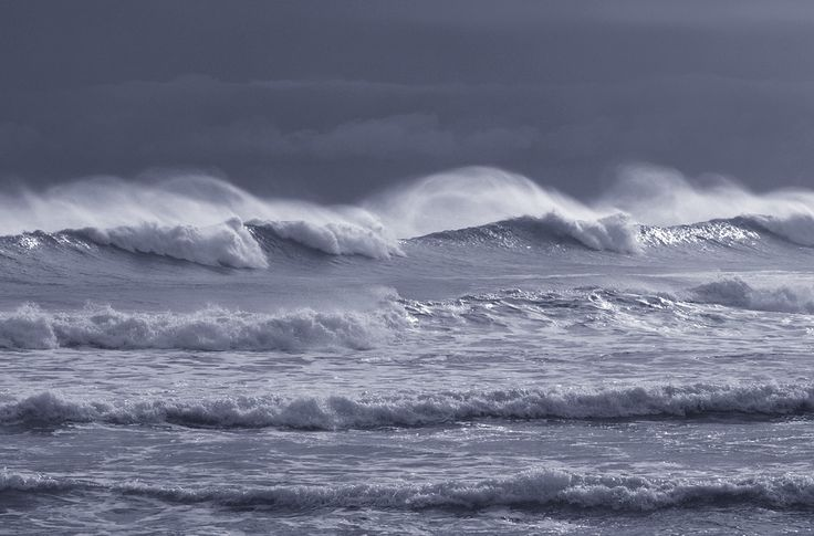 A 4.5m swell gets torn to pieces by a strong offshore wind. I surfed this break shortly after this photograph was taken.