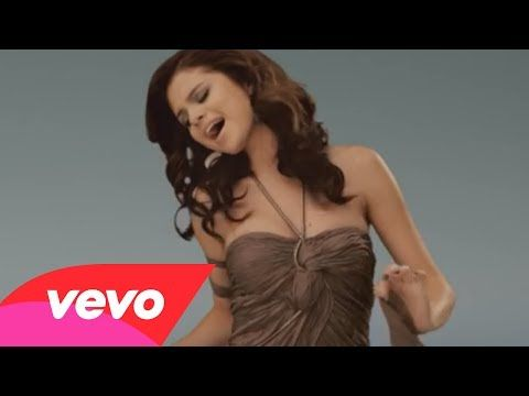 Selena Gomez  The Scene - A Year Without Rain (Official Video) Love her makeup in this video