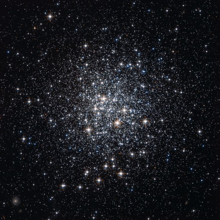 There are few, if any, young globular clusters in our Milky Way Galaxy because conditions are not ripe for more to form. Pictured above by the Hubble Space Telescope are about 100,000 of M72's stars. M72, which spans about 50 light years and lies about 50,000 light years away, can be seen with a small telescope toward the constellation of the Water Bearer (Aquarius).