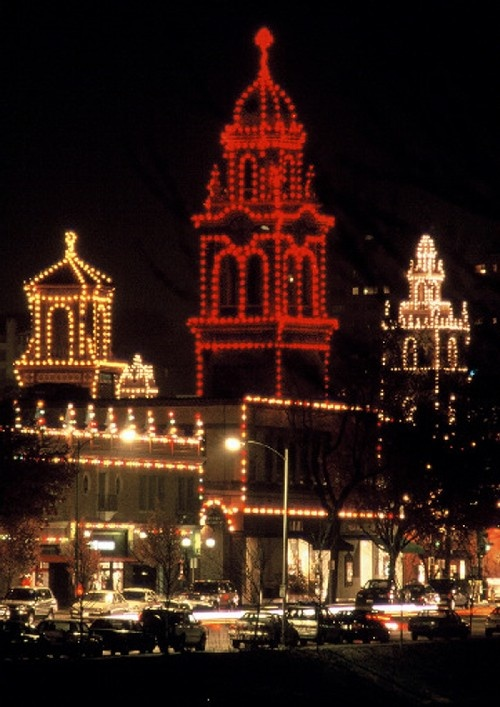 More than 80 miles of lights outline every building, dome and tower on the Country Club Plaza each holiday season. Kansas City Convention & Visitors Association
