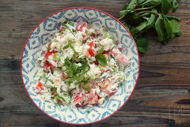 Salade de riz au yaourt à la grecque - aime & mange