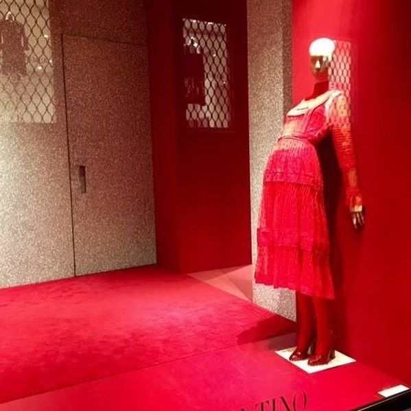 Sungard Exhibition Stand Here Alone : Images about cool window displays on pinterest