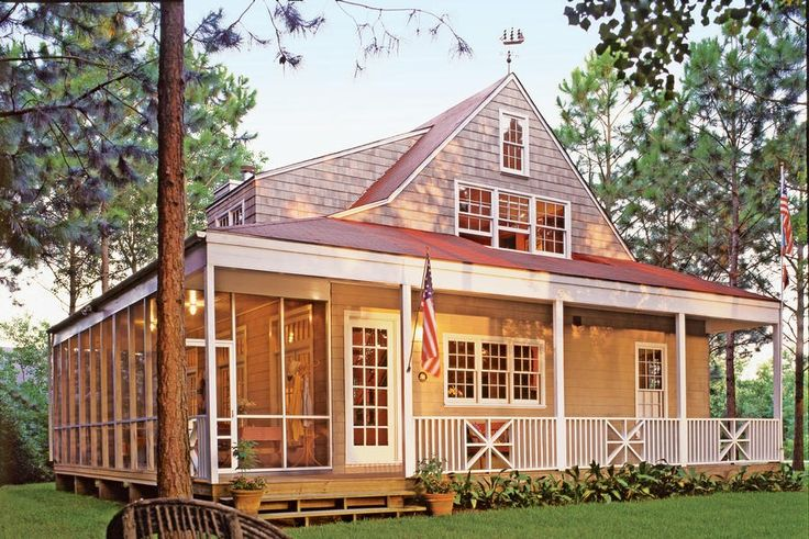 566 best curb appeal images on pinterest for Retirement cottage plans