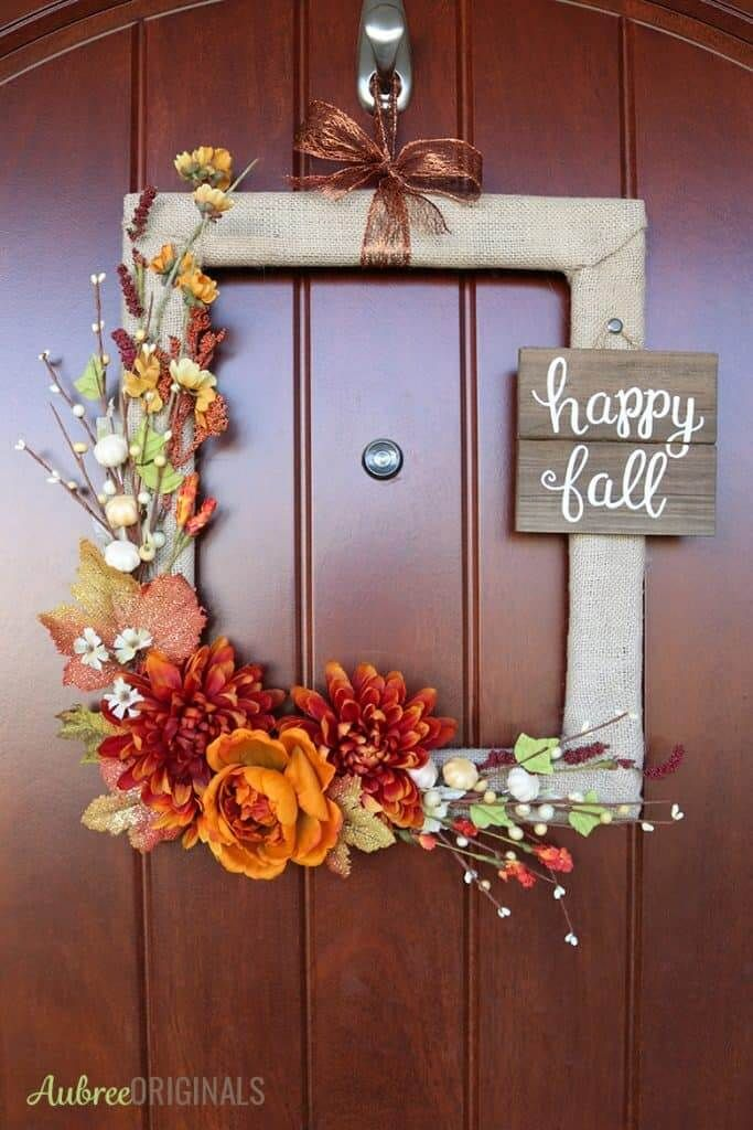 19 Creative Ways To Use Old Picture Frames To Decorate Your Home Easy Fall Wreaths Easy Fall Crafts Diy Fall Wreath