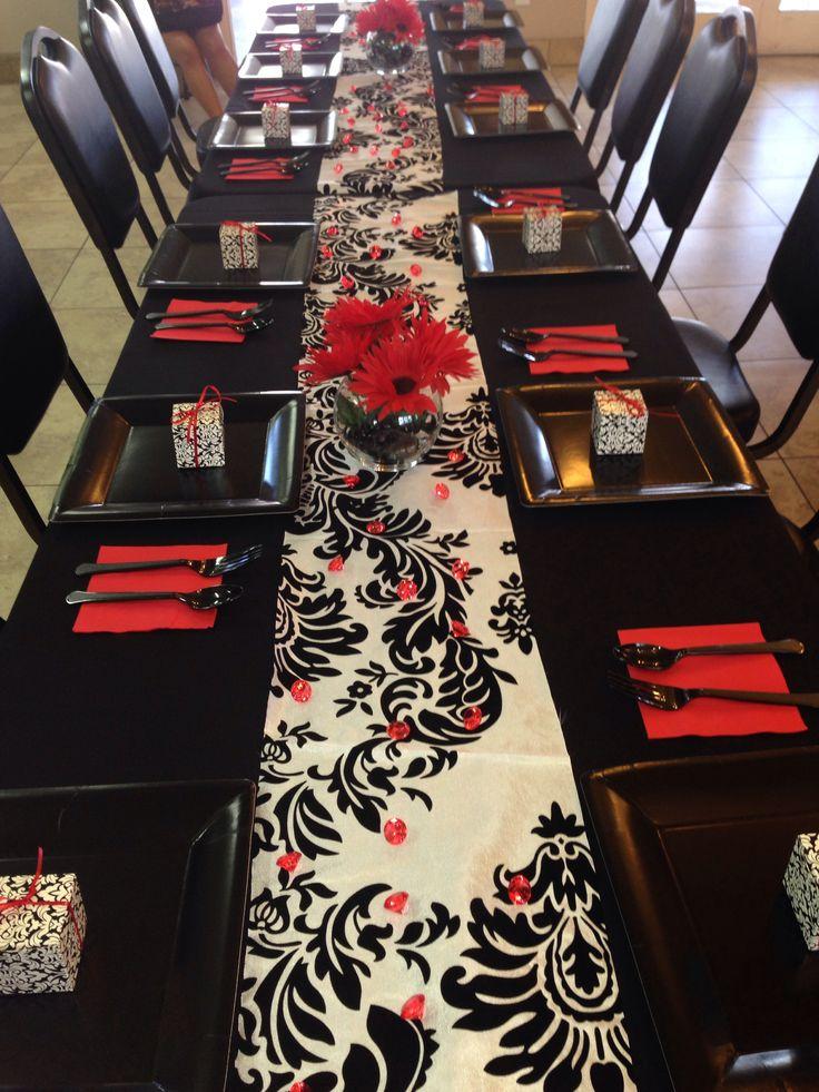 Bridal shower decor : red, black and white