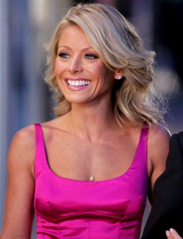Kelly Ripa Hair 3