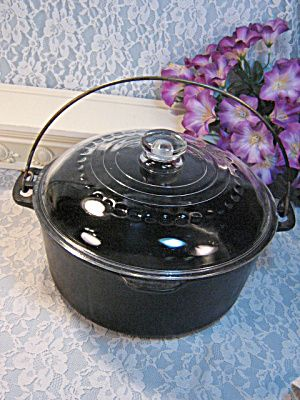 Vintage Wagner Cast Iron Dutch Oven with Glass Lid