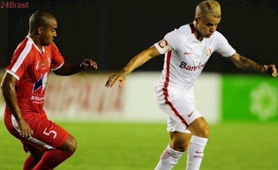 Valdivia e Breno marcaram: Em Manaus, Inter faz 2 a 0 e derrota o Princesa do Solimões