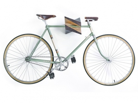 decovry.com - Woodstick | Wooden Bike Accessories