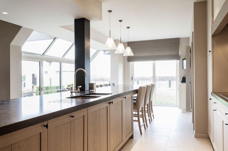 54 best images about landelijke keukens on pinterest belgian style kitchen dining and design for Deco moderne keuken