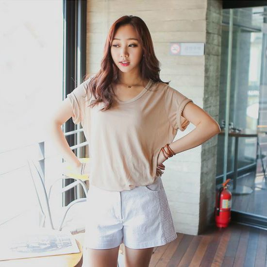 Korea Woman Big size clothing shop. [Jstyle] Two years V1418 Short Pants / Size : S,M,L,XL,2XL,3XL / Price : 33.45 USD #dailylook #OOTD #JSTYLE #plussize #loosefit #bottom #pants #shortpants