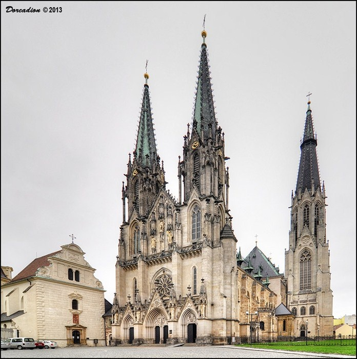 St. Wenceslas Cathedral (Katedrála Sv. Václava), the Roman-Catholic spiritual centre of Olomouc region, with 900 years long history is one of principal historic and cultural landmarks of Olomouc.