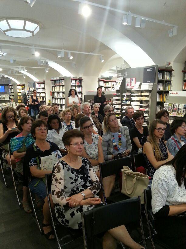 La Basilicata e Matera raccontata dalla letteratura femminile in Libreria Rizzoli Milano :)