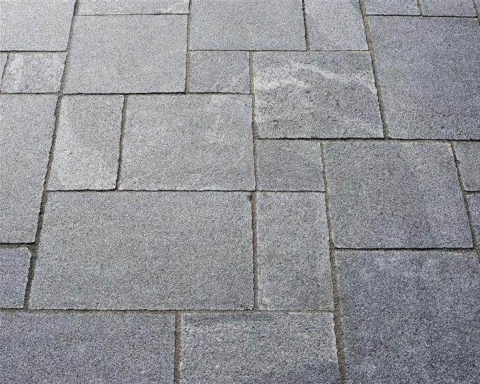 Kanske den snyggaste markstenen? #stonefactory #granit #marksten #inspiration #garden #trädgård