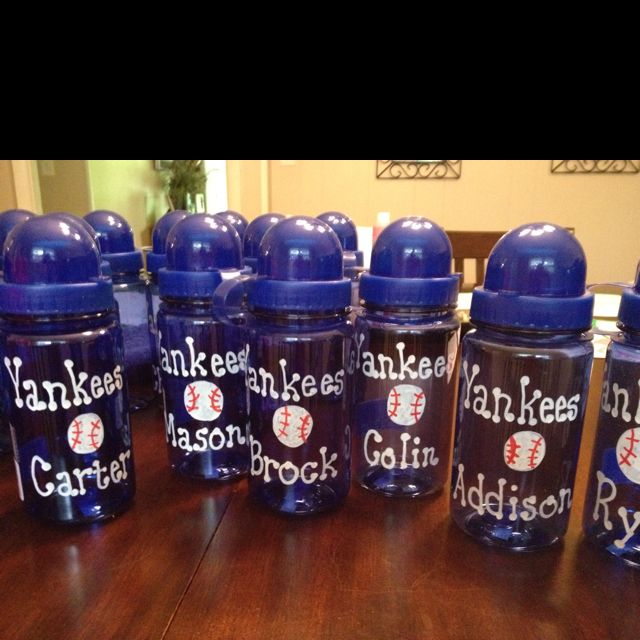 I want to do something like this for my Tball team as a gift or something...hmmmm