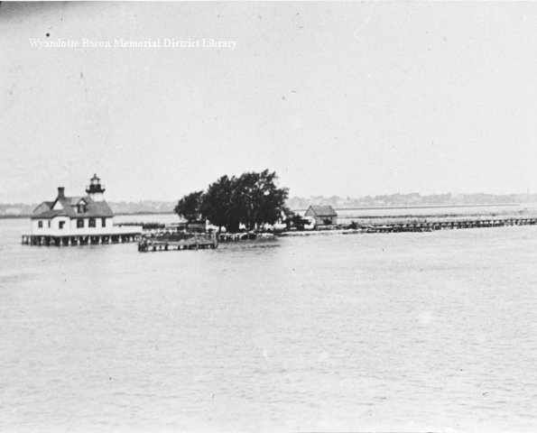 Mamajuda Lighthouse and range light, Detroit River, 1900. Bowbeer Collection. Mamajuda lighthouse and range light-Detroit River on Mamajuda Island off the north end of Grosse Ile. This lighthouse with the square tower of 34 feet high was the origianl built in 1849. It was replaced in 1866 with a round tower of 51 feet. Lighthouses C54.: Mittens Smitten, Mamajuda Lighthouses, Lighthouses C54, Lakes States, Round Towers, Feet High, Gross Ile, Lights Detroit Rivers, Range Lights Detroit