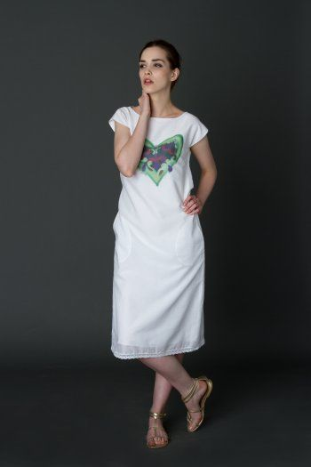 T-shirt dress with heart print and lace border #lace #heart #Tshirtdress