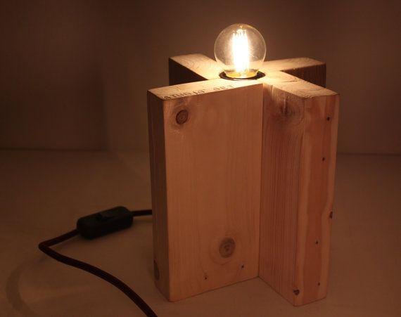 Lampada da tavolo viola. Eco-lampada. Upcycling di studioGET