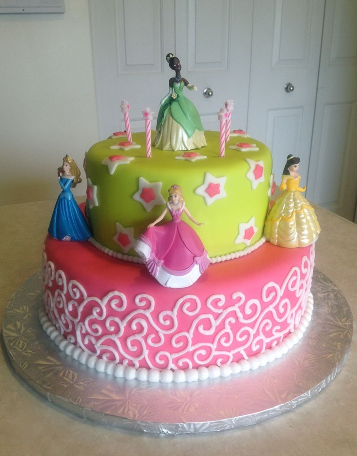 Disney Cake Designs Princesses : A disney princess cake for my little princess Phoebe ...
