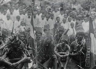 Salawaku's Alifuru, Maluku - Suku Alifuru