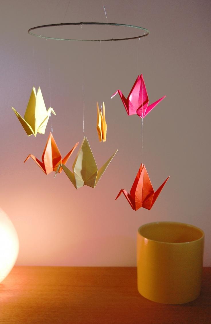 décoration de salle Mobile orangé en origami : Grues Japonaises