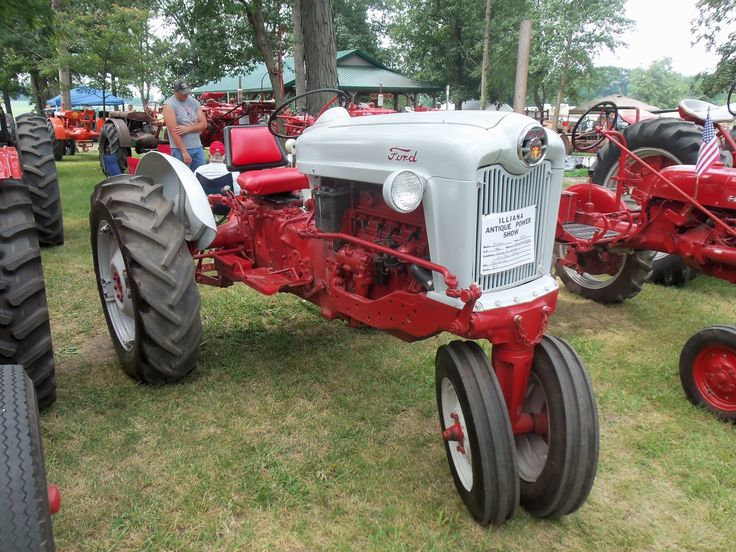 Ford 600 Tractor Hood : Best images about tractor on pinterest vineyard