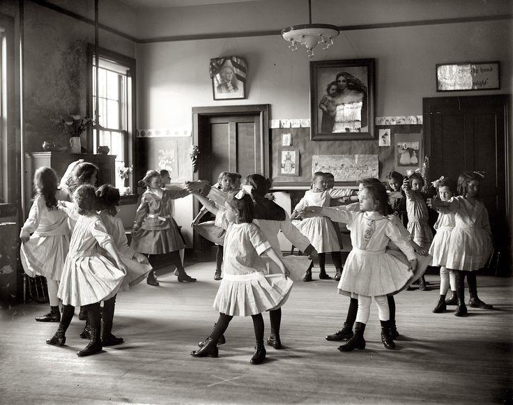 Dance class in a Georgetown school 1919