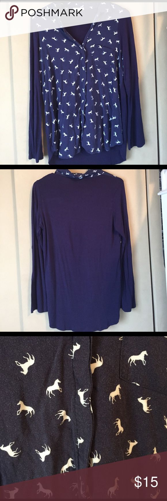 Pleione Blue long sleeve top Blue long sleeved top with white horse print on the front Pleione Tops Tees - Long Sleeve