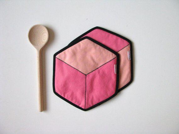 hexagon cotton potholders - coral and black honeycomb shape potholders - hexie hot pads - modern kitchen potholders - housewarming gift