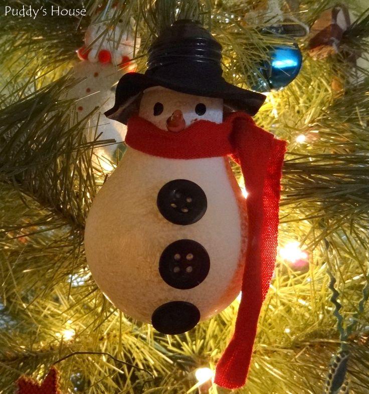 DIY Christmas Ornaments - Lightbulb Snowman