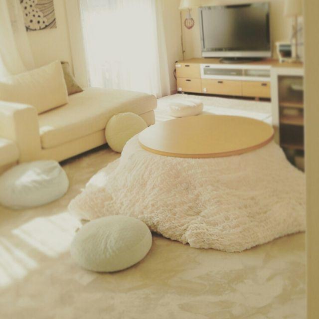 ayaさんの、フロアランプ,マンションインテリア,ロールカーテン,こたつ,リビング,のお部屋写真