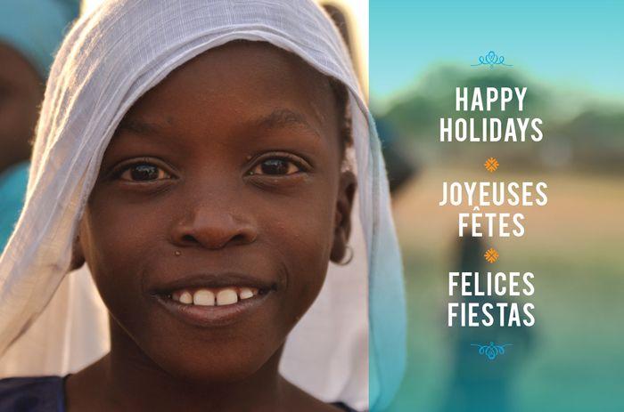 Wishing you a season filled with peace and happiness.  En vous souhaitant un temps des Fêtes rempli de paix et de bonheur.  Deseando les una temporada llena de paz y de felicidad.