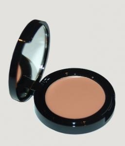 Pinning - must research! Eve pearl salmon concealer. This is the most amazing color corrector concealer I've tried. The formula is so creamy, great for under the eye area.