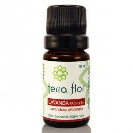 O Óleo Essencial de Lavanda Francesa é um produto antialérgico. antisséptico e relaxante natural.