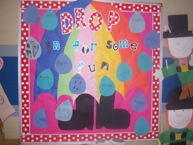 First Grade Blue Skies: Bulletin Board Linky Party: Boards Linki, Blue Sky, Cute Ideas, Linki Parties, Bulletin Boards, Grade Blue, Boards Ideas, First Grade, Rain Drop