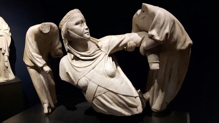 Monumento Funebre a Margherita di Brabante.  Un tempo nell'Abside della Chiesa di San Francesco in Castelletto   1313-1314. Genova