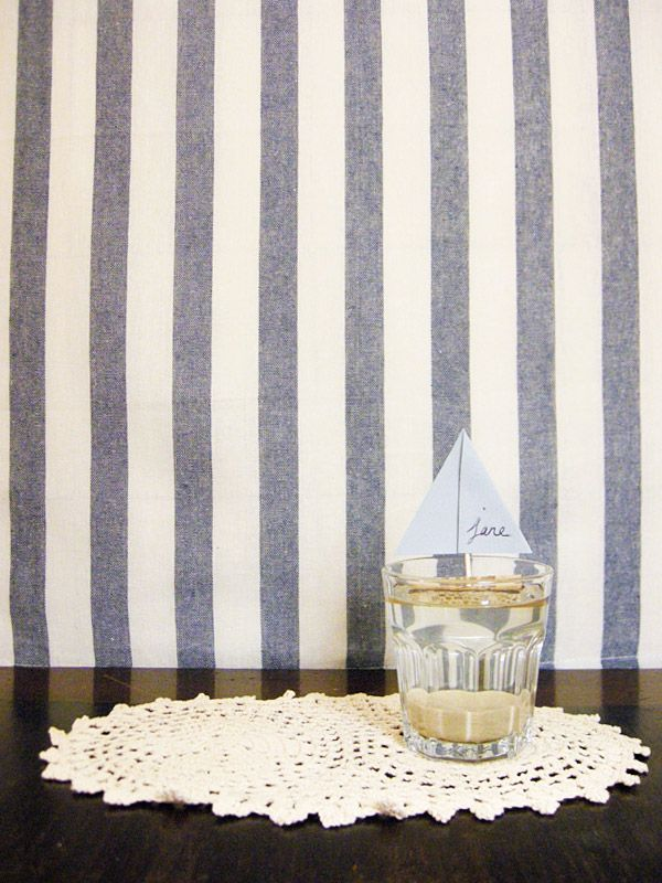 So easy DIY Floating Boat Place Cards