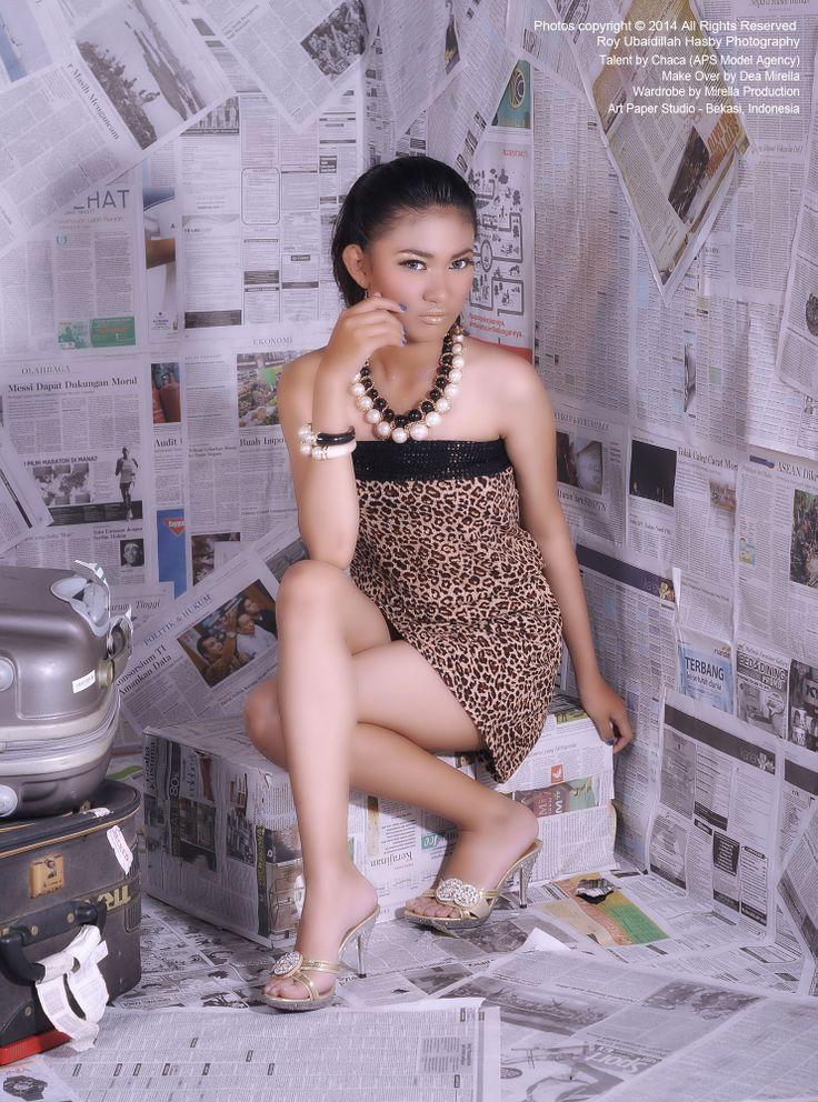 Model by Chaca. ArtPaper Studio Model.  Photo by Roy Ubaidillah Hasby. Make Over by Dea Mirella