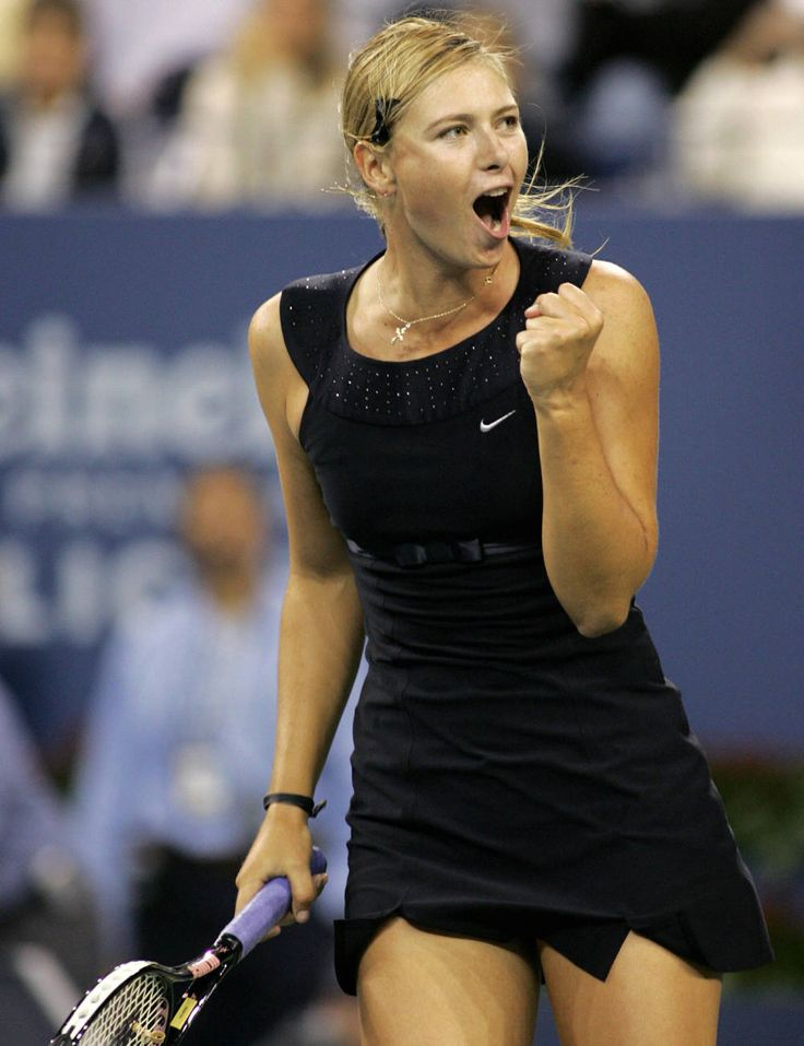 Maria Sharapova looks like she is ready for Breakfast at Tiffany's in this LBD at the US Open in 2006.